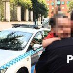 Imponen multa a la madre que dejó a su hijo de 2 años encerrado en su coche en Toledo