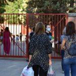 GUÍA | Así se va a llevar a cabo el proceso de vacunación del personal de los centros educativos