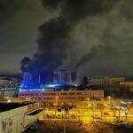 El incendio de un vehículo en el garaje de un edificio provoca el desalojo de numerosos vecinos de Toledo