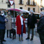 Entregan 35 mandos a personas invidentes de Toledo para facilitarles el uso del transporte público