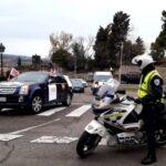 Unos 400 vehículos secundan las protestas del sector hostelero en Toledo, que reclama ayudas ante el cierre de sus negocios