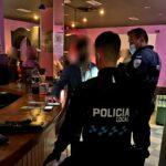 Desalojan una fiesta en un pub sin licencia de Santa Bárbara con 11 jóvenes, siete de ellos menores