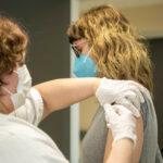 La población de entre 50 y 59 años de Castilla-La Mancha empezará a ser vacunada este fin de semana