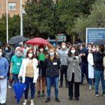 """Personal sanitario de Toledo se concentra contra las privatizaciones y recuerda a García-Page su """"deber con lo público"""""""