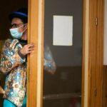 El arte llega a hospitales y residencias para aliviar la tristeza pandémica