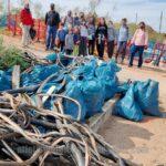 GALERÍA | Así fue la segunda limpieza vecinal en la vía Tarpeya del barrio toledano del Polígono