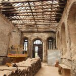 Avanza la rehabilitación del almacén del cementerio de Toledo con el saneamiento de la cubierta y la restauración de la fachada