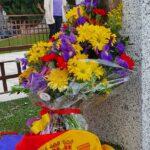 Ofrenda floral en uno de los patios con represaliados en Toledo por el 90 aniversario de la Segunda República