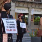 Peluquerías y centros de estética se concentran en Toledo reclamando un IVA reducido