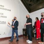 Pedro Almodóvar elige Toledo para su estreno en la pintura junto a Jorge Galindo