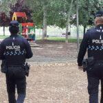 La Policía local de Talavera intervino en seis peleas y en una docena de fiestas por música alta y ruidos