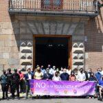 El Ayuntamiento de Talavera condena los últimos asesinatos machistas con un minuto de silencio