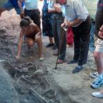 Se estrena el documental 'La Fosa Nº1', sobre los trabajos de exhumación de 17 republicanos asesinados en Menasalbas