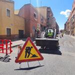 Comienzan los trabajos de asfaltado y de renovación de pasos de peatones en Talavera