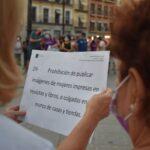 Protesta en Toledo en defensa de las afganas: «El recorte de sus derechos nos afecta a todas»