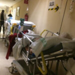 CSIF señala que las Urgencias del Virgen de la Salud mantienen a «60 pacientes diarios pendientes de ingreso»