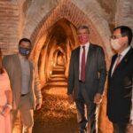 Méntrida impulsa el enoturismo con el inicio de visitas guiadas en las cuevas del Museo del Vino